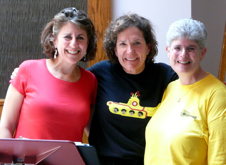 Peri Smilow and Julie Gold and Cantor Anita Hochman