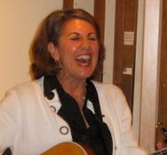 Peri Smilow sings at the Pucker Gallery in Boston David Sharir opening